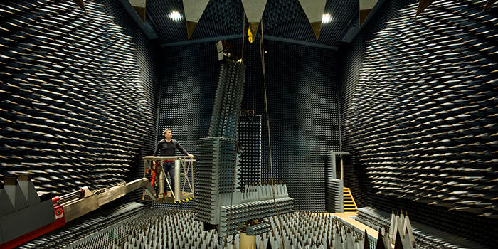 The Radio Anechoic Chamber/DTU-ESA facility at DTU Elektro (Photo: Torben Nielsen)