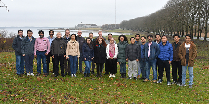The twenty students and three of their lecturers (credits: Erik Vogeley)